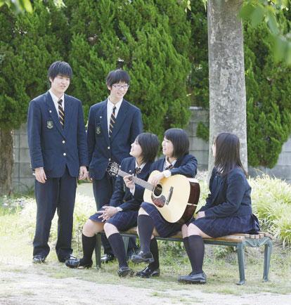 大阪電気通信大学高等学校制服画像